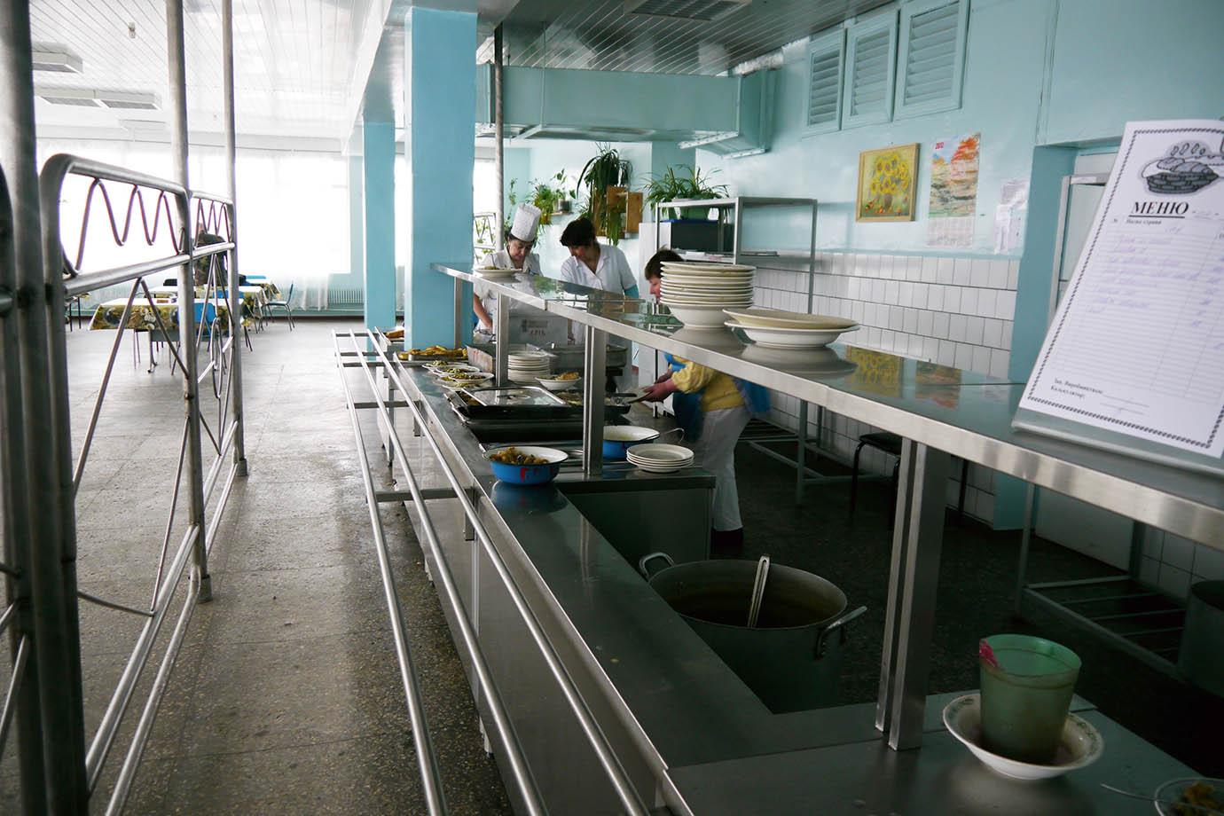 chernobyl-cafeteria10