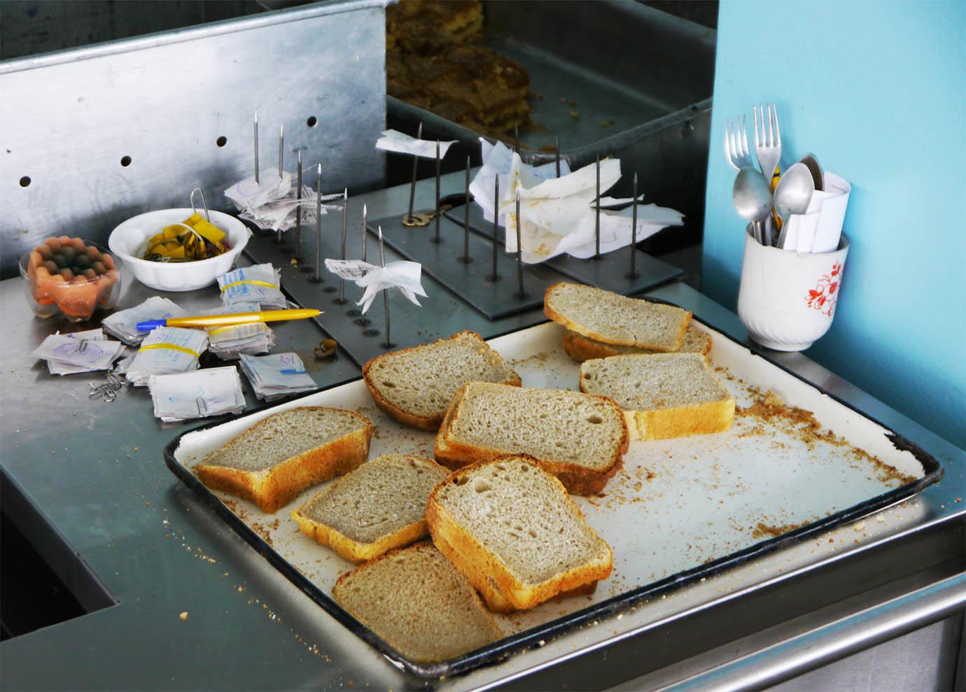 chernobyl-cafeteria11