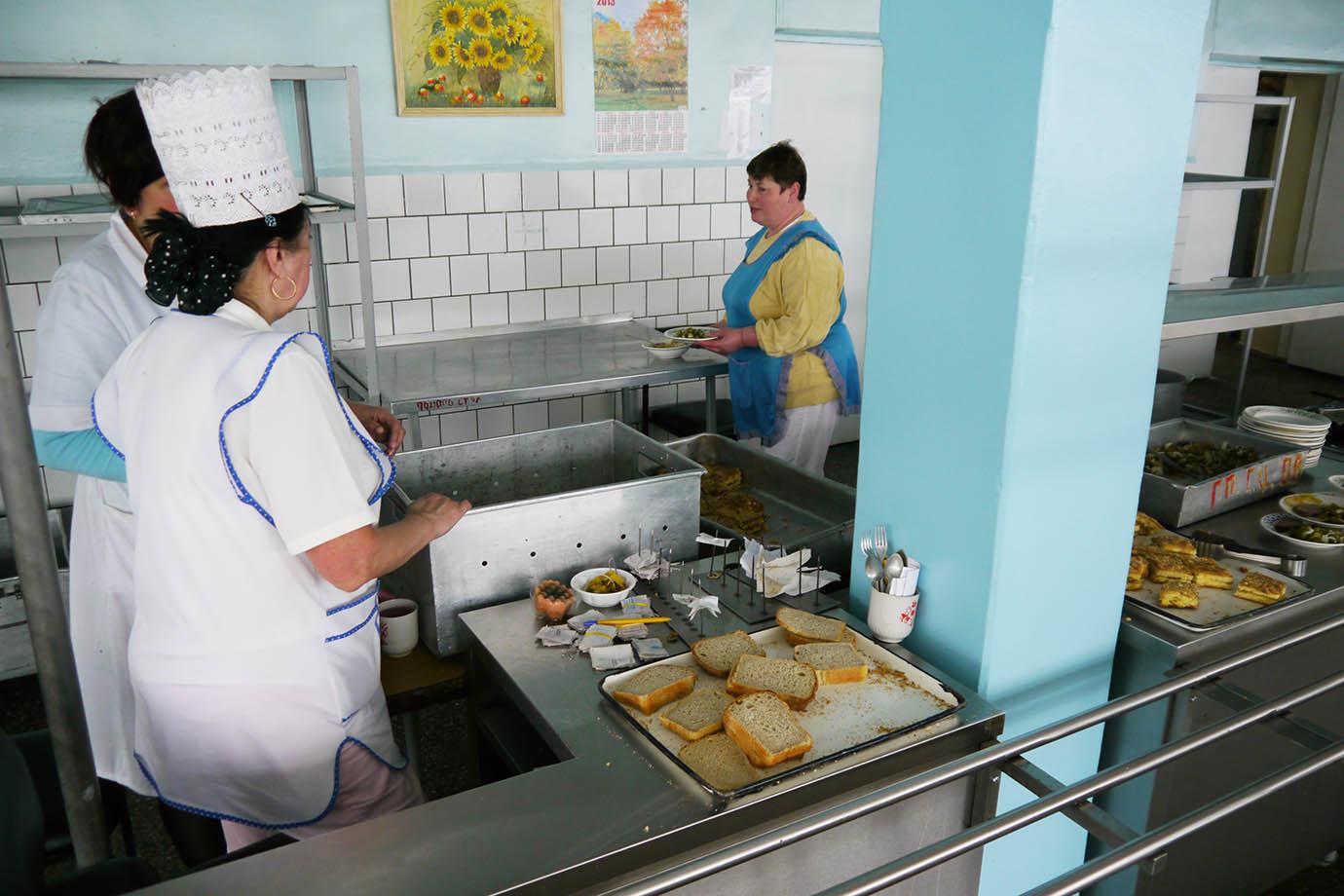chernobyl-cafeteria12