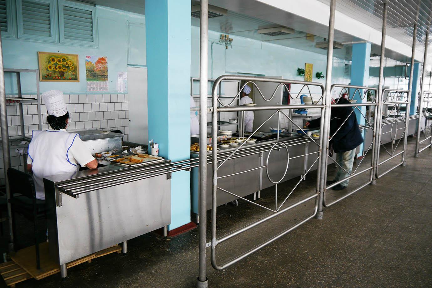 chernobyl-cafeteria14
