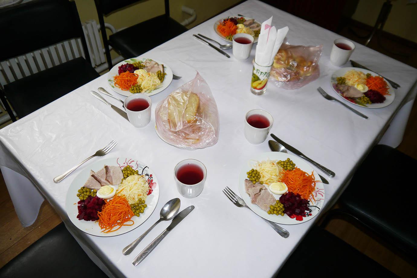 chernobyl-cafeteria29