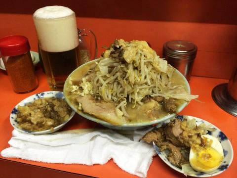 【最強グルメ】ラーメン二郎インスパイア店でマシマシ食いながらビール飲んだら最高だった