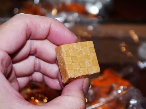 【希少グルメ】チロルチョコ直売所に激安チロルチョコを買いに行った