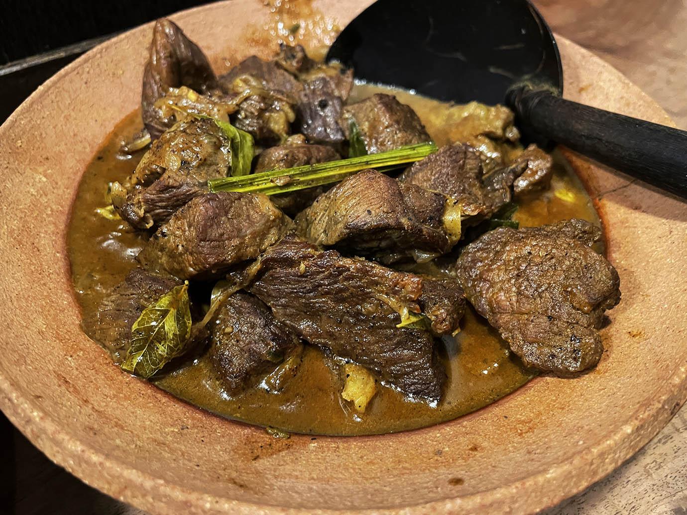 yum-yum-kade-curry-sri-lanka19