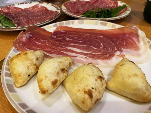 【究極グルメ】イタリア人通訳者がサイゼリヤで美味しく食べる3つの方法を公開! 日本人が感動しまくる